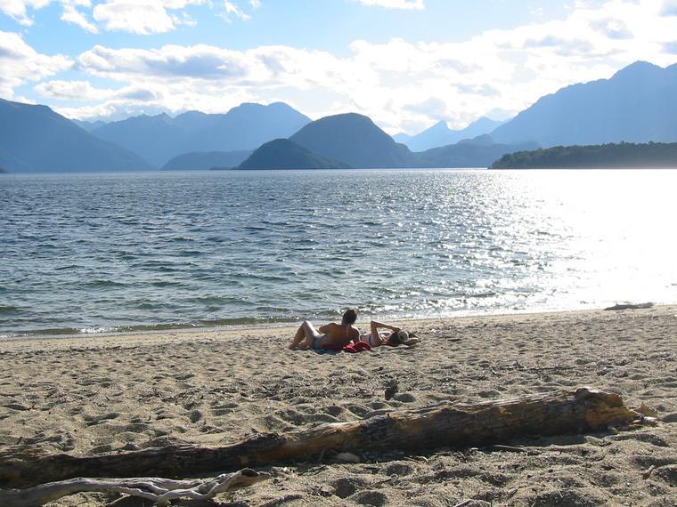 Manapouri New Zealand  city photos gallery : enjoying late sun on Lake Manapouri